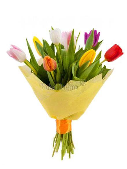 Букет Букет из 9 тюльпанов / доставка цветов бесплатно по Москве (в пределах МКАД).