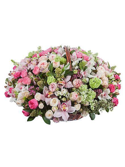 Букет Королевский шарм / доставка цветов бесплатно по Москве (в пределах МКАД).