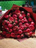 Бархатный сезон - букет из розы Ред Пиано