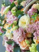 В ожидании чуда - цветочная композиция