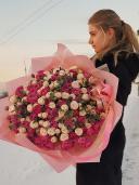 51 пионовидная кустовая роза