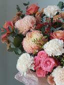 Шляпная коробка с хризантемами