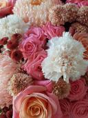 Шляпная коробка с садовыми хризантемами