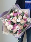Букет с розой и хлопком
